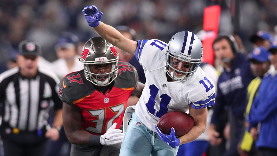 Dallas Cowboys and Tampa Bay Buccaneers - December 18, 2016 -Getty-H 2016