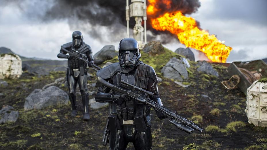 Rogue One Still 3 - Publicity - H 2016