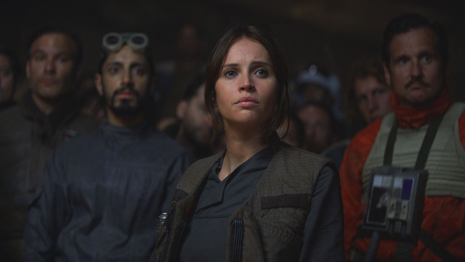 Rogue One Still 9 - Publicity - H 2016