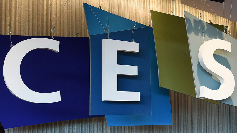 CES_Sign - Getty - H 2016