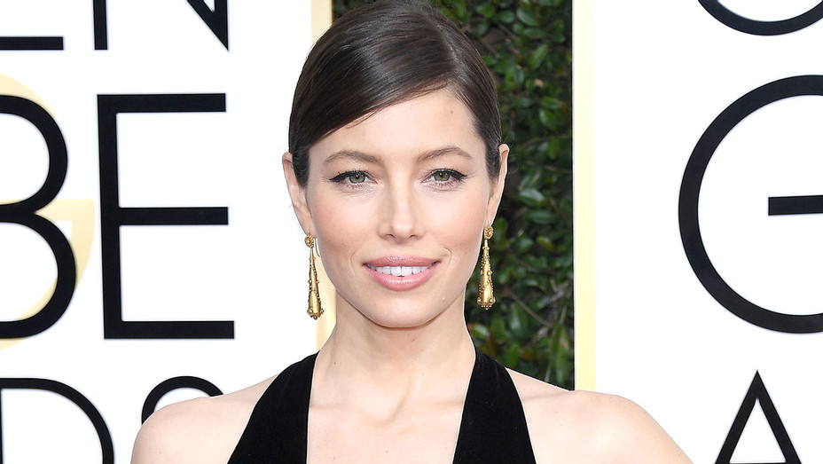 Jessica Biel attends the 74th Annual Golden Globe Awards - earrings - Getty-H 2017