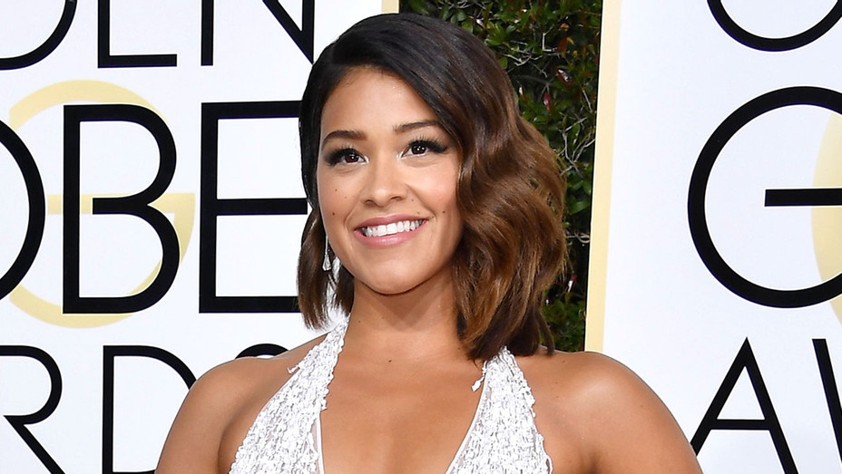 Gina Rodriguez attends the 74th Annual Golden Globe Awards -Getty-H 2017