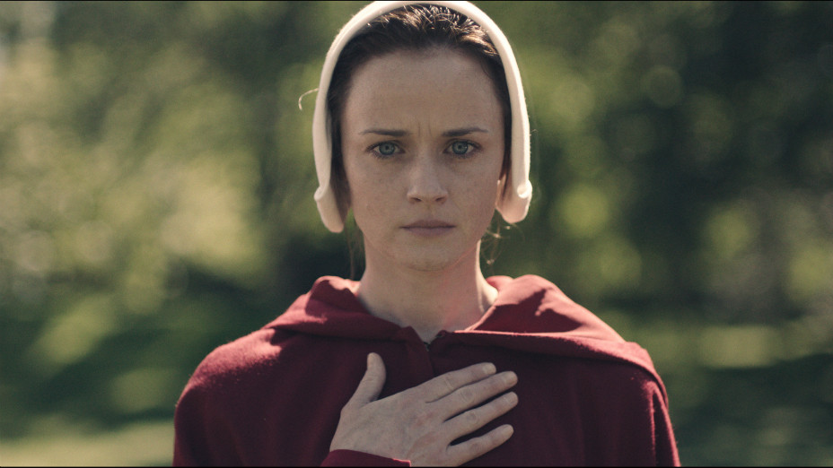 Alexis Bledel in The Handmaid's Tale EMBED - Publicity - H 2017