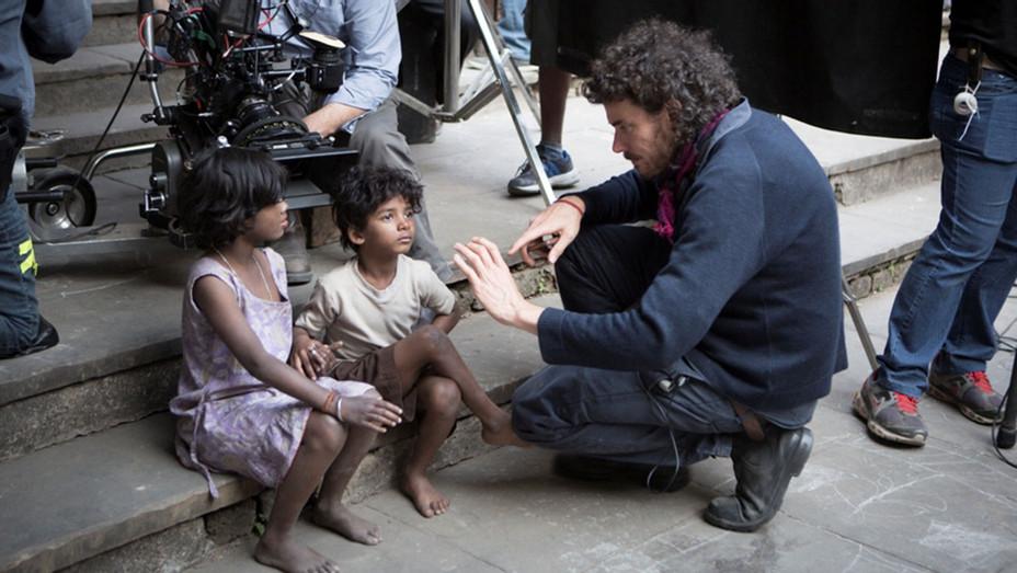 LION- Still1 - Sunny Pawar and Garth Davis on set of Lion-H 2017
