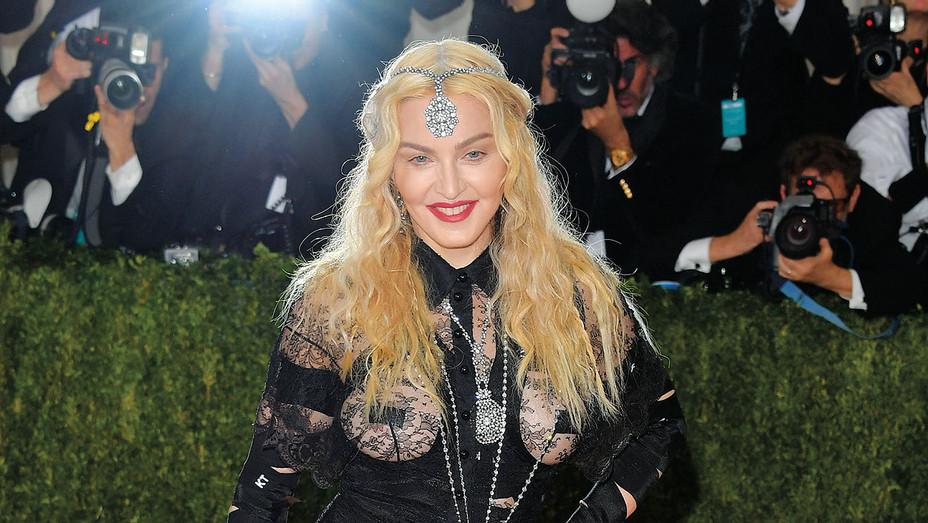 Madonna_MET Gala - Getty - H 2017