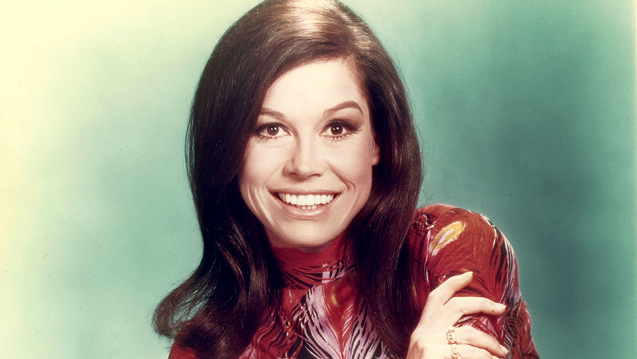 Mary Tyler Moore (c. ealy 1970s) - Photofest- H 2017