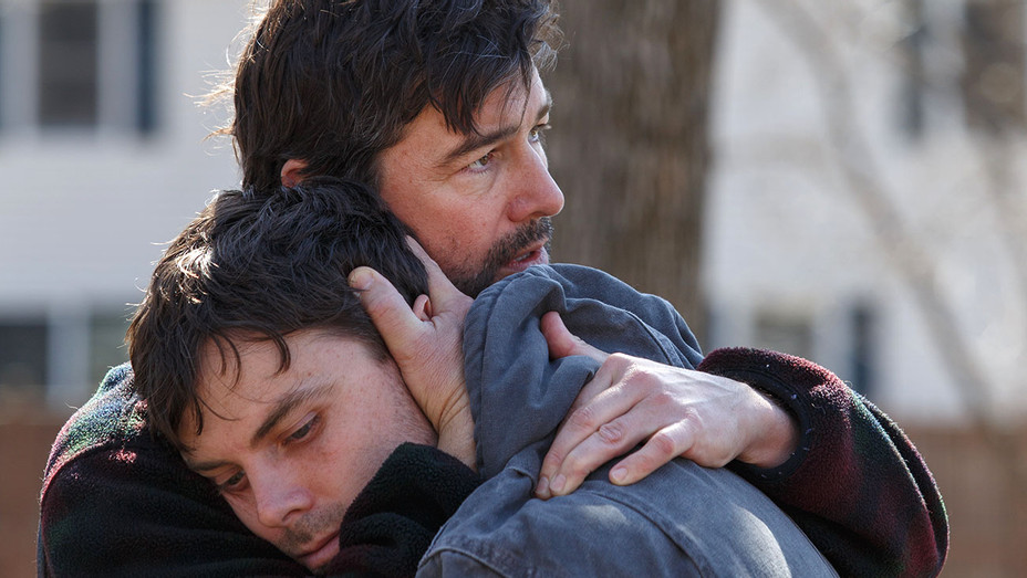 Manchester By The Sea - Kyle Chandler and Casey Affleck -Still 3-Close up -H 2017