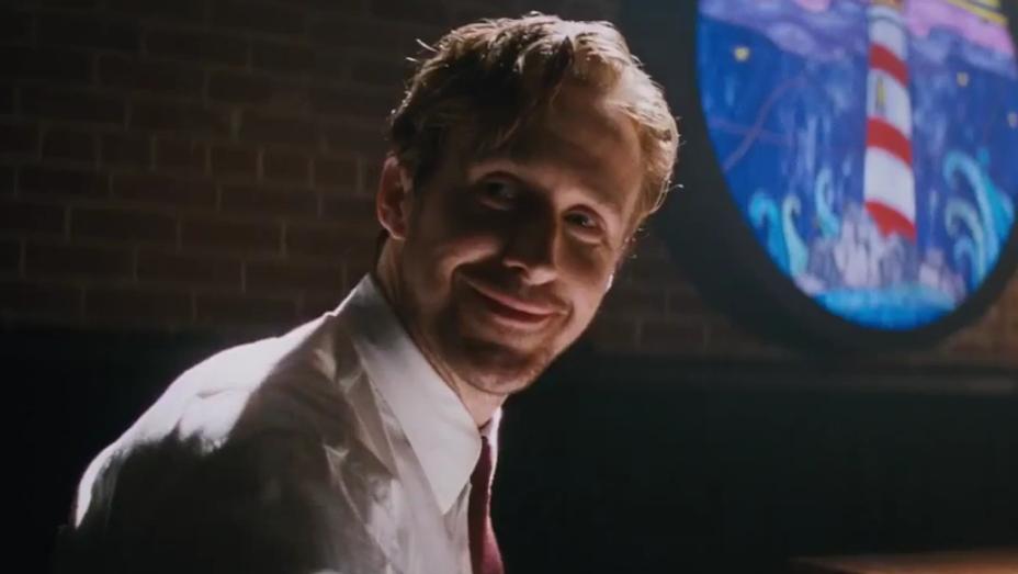Ryan Gosling La La Land Start a Fire Trailer Still - H 2016