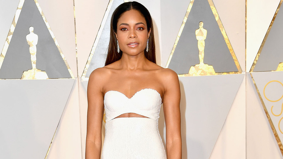 Naomie Harris 89th Annual Academy Awards - Getty - h 2017