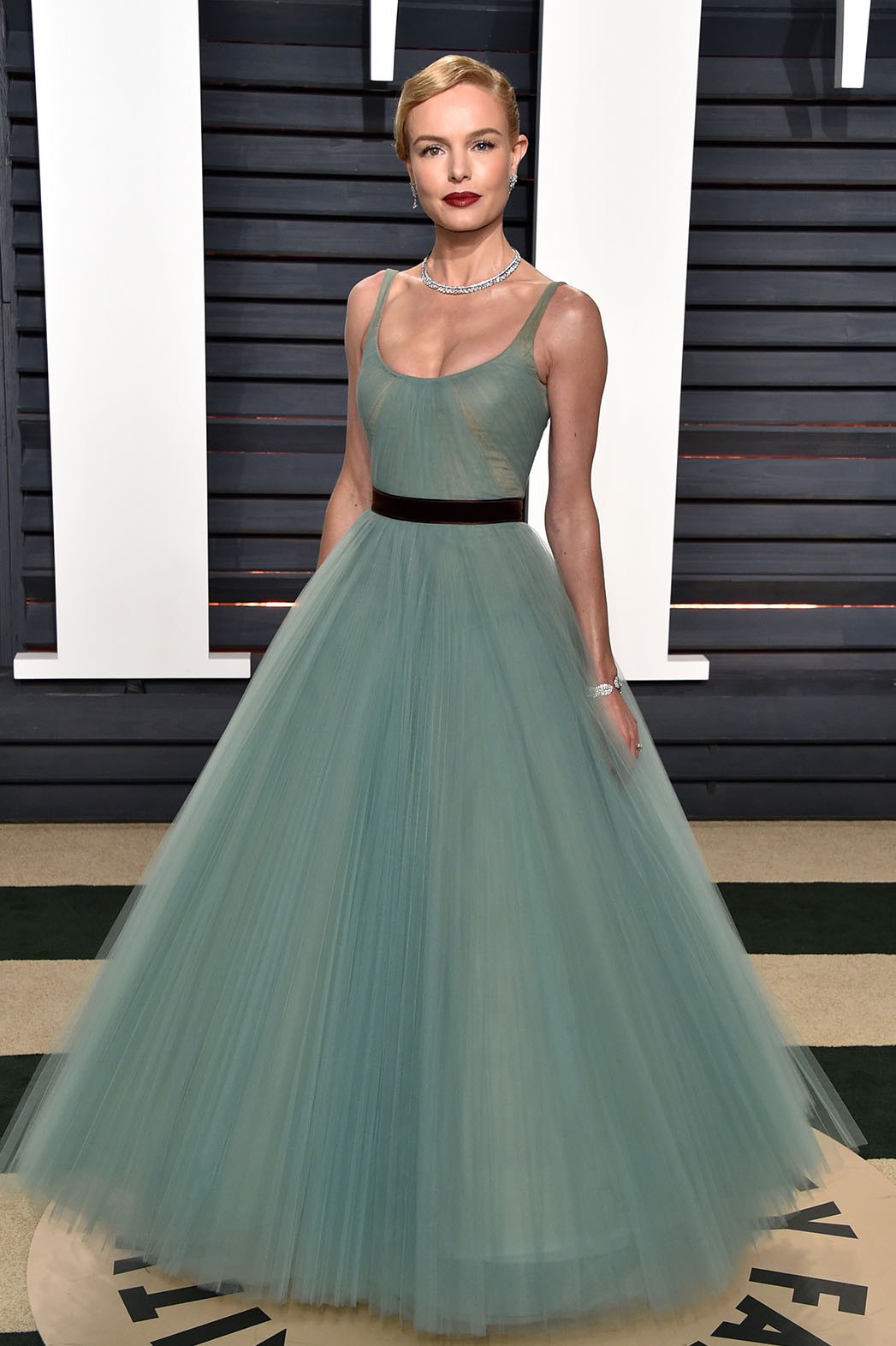 See All The Looks From The Vanity Fair Oscar Party Hollywood Reporter