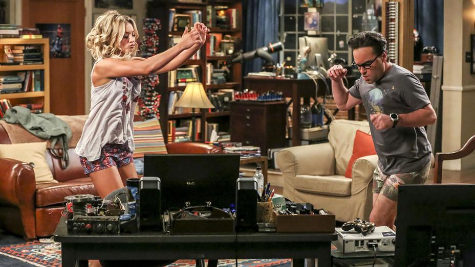 Big Bang Theory Living Room Dance - Publicity - H 2017