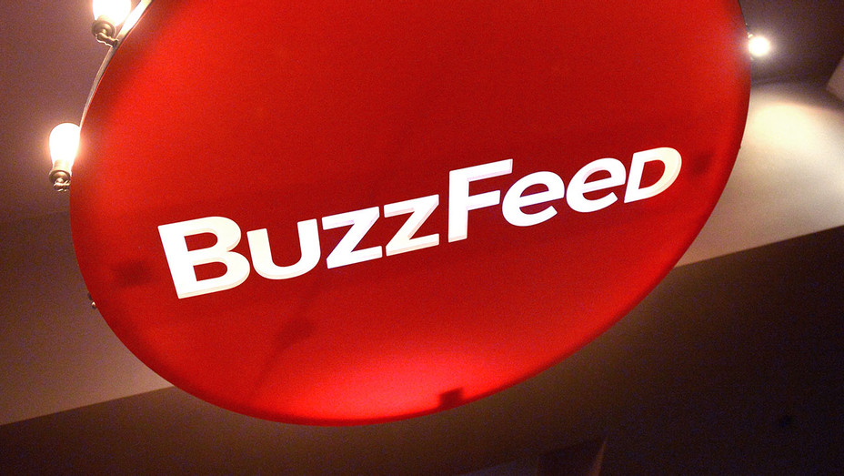 Buzzfeed Light - Getty - H 2017