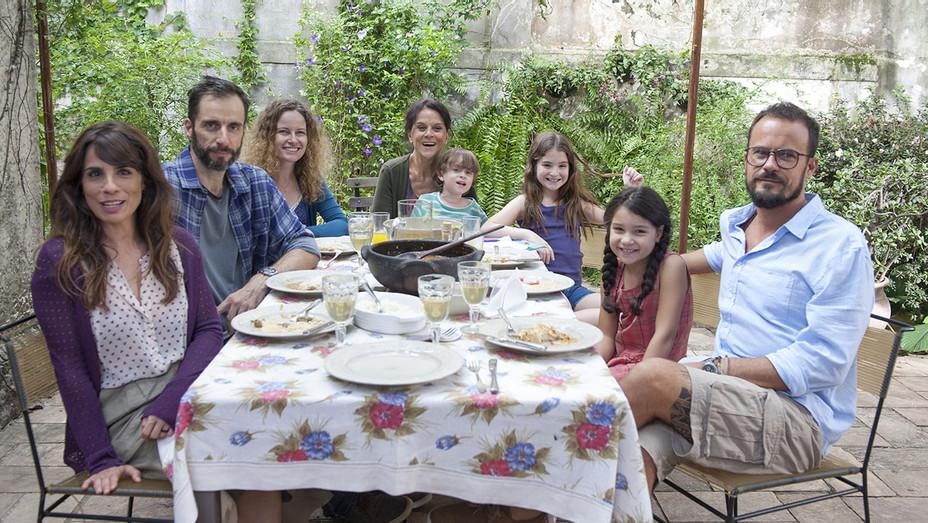 Como Nossos Pais_Just Like Our Parents_Still - Publicity - H 2017
