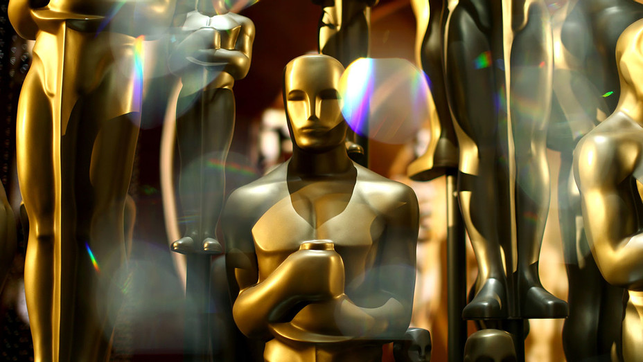 Oscar Statues -backstage during the 88th Annual Academy Awards -Getty-H 2017