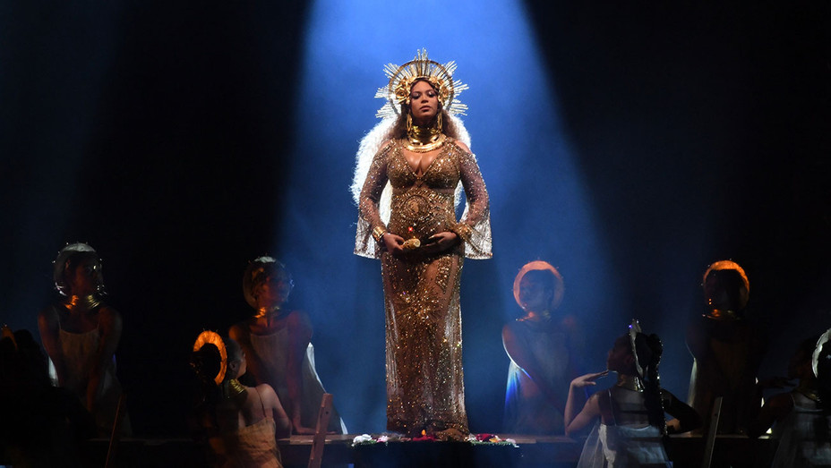 Beyonce performs onstage during The 59th GRAMMY Awards - Getty-H 2017