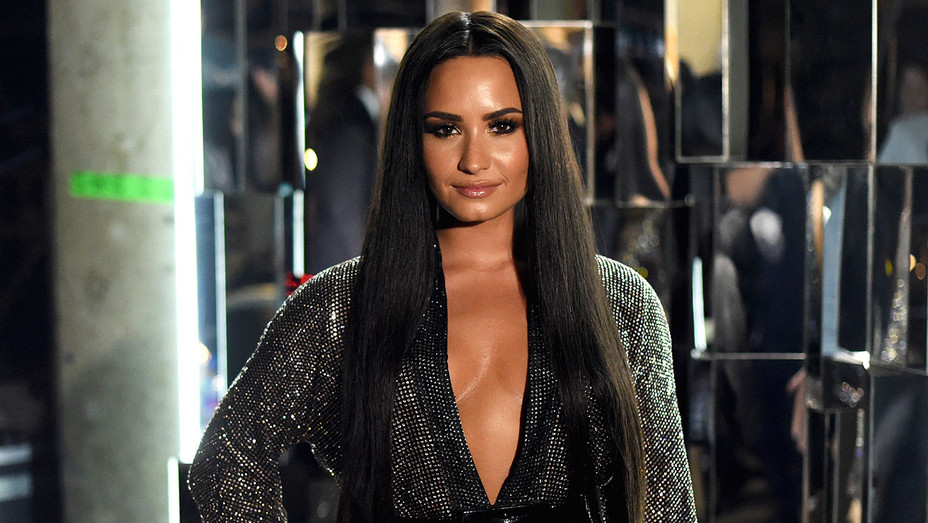 Demi Lovato attends The 59th GRAMMY Awards -Close up-Getty-H 2017
