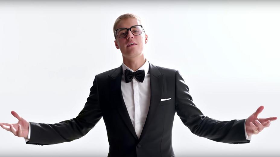 Justin Bieber T Mobile - Screengrab - H 2017