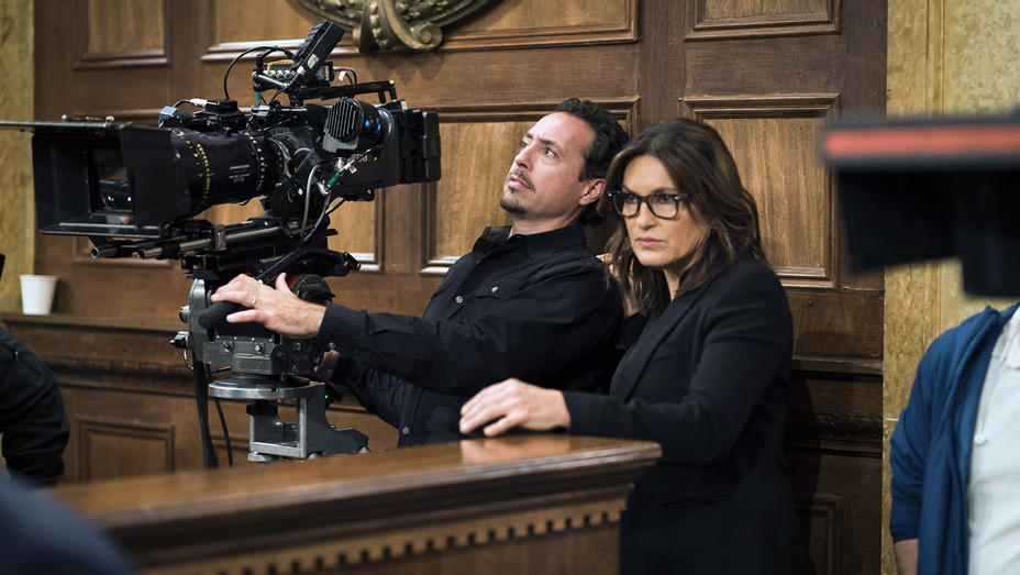 Law and Order SVU Ep 1810 - H 2017