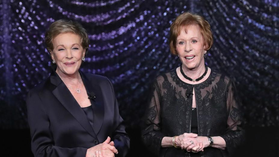Julie Andrews and Carol Burnett at American Songbook Gala - Getty - H 2017