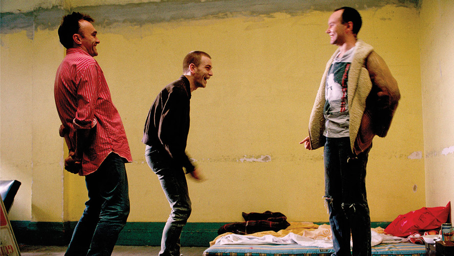 Boyle, McGregor and Welsh on the set of Trainspotting -REX-ONE TIME USE ONLY- H 2017