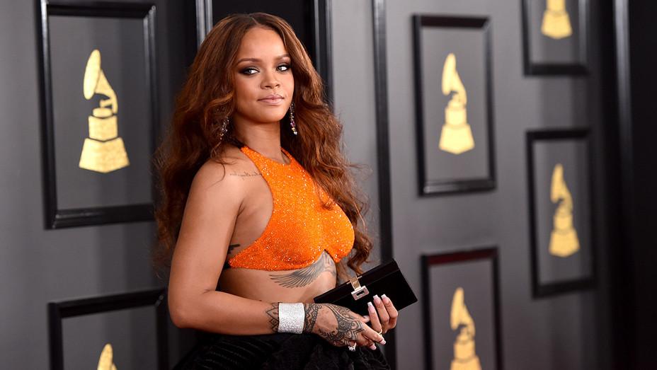 Rihanna - Getty - H 2017