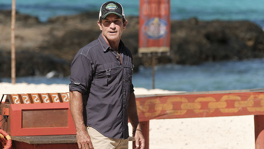 Jeff Probst -Game Changers - 34th season -Publicity- EMBED 6- 2017
