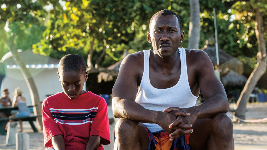 Moonlight - Miami Beach -Alex Hibbert and Mahershala Ali -Publicity- H 2017