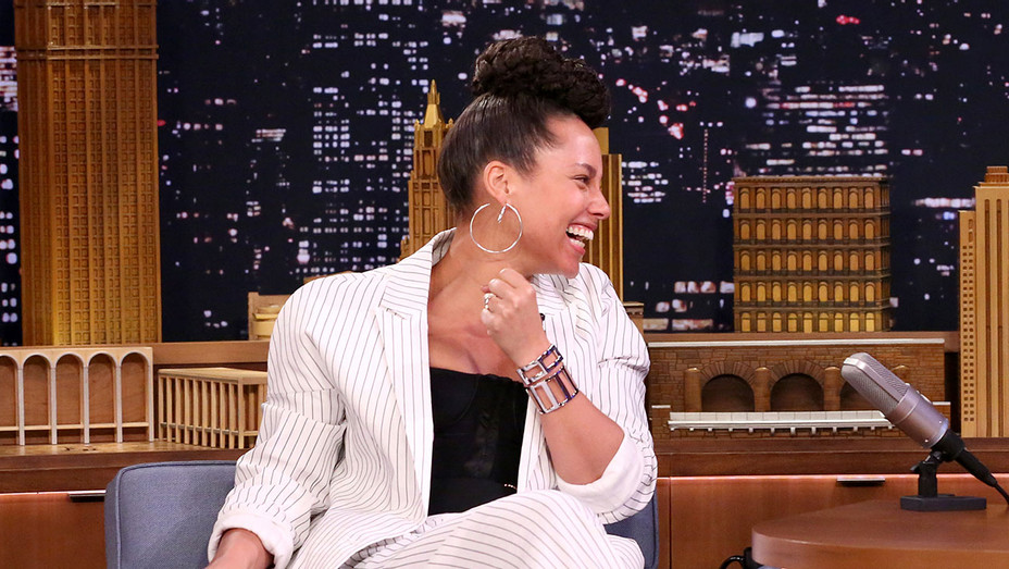 Alicia Keys_Tonight Show - Publicity - H 2017