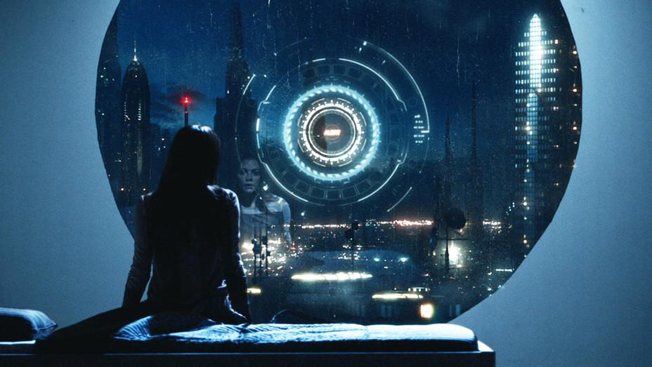 Atomica Still - Publicity - H 2017