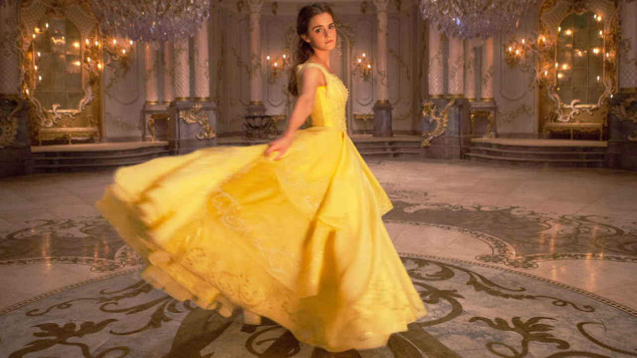 How Emma Watson S Beauty And The Beast Accessories Added An Enchanting Touch Hollywood Reporter
