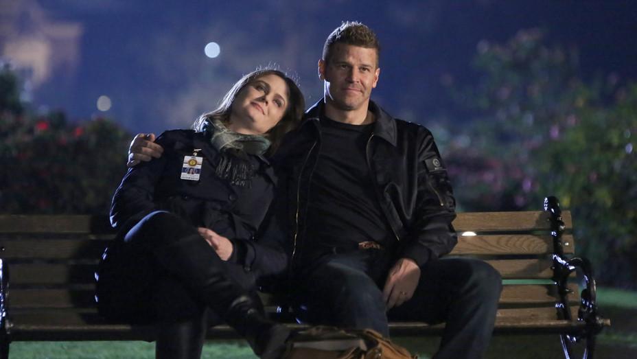 David Boreanaz and Emily Deschanel Bones Series Finale - Publicity - H 2017