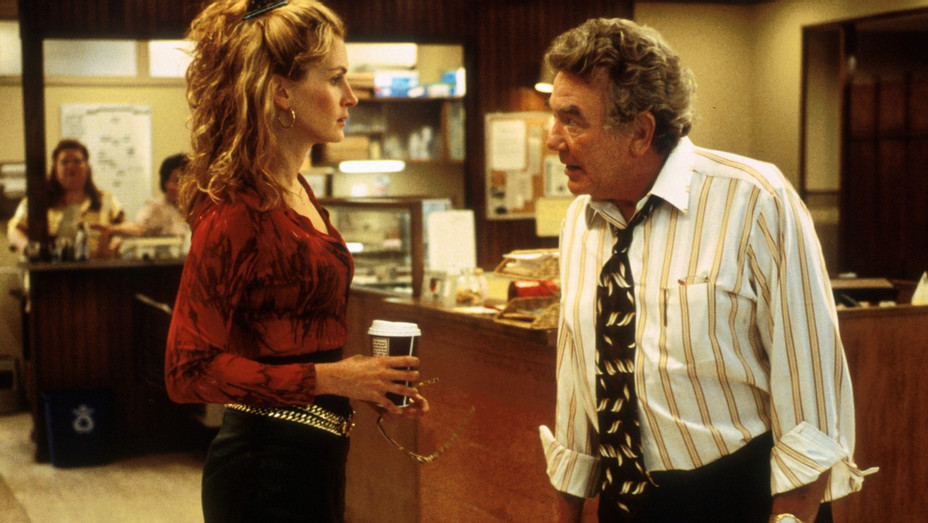 Erin Brockovich Thr S 2000 Review Hollywood Reporter