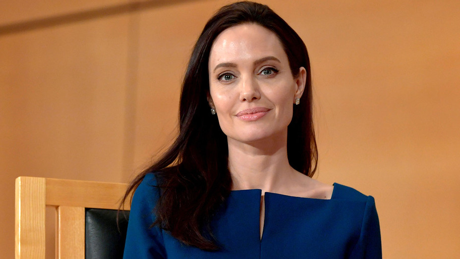 Angelina Jolie - annual lecture - United Nations Office at Geneva - Getty-h 2017