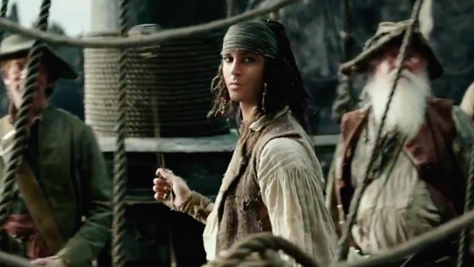Johnny Depp - Pirates of the Caribbean Dead Men Tell No Tales Extended TV Spot - Still H 2017