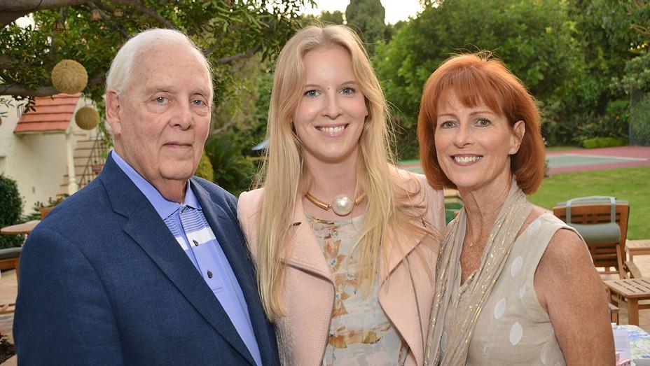 Woody Fraser, Madeline Fraser and Noreen Fraser - Getty - H 2017