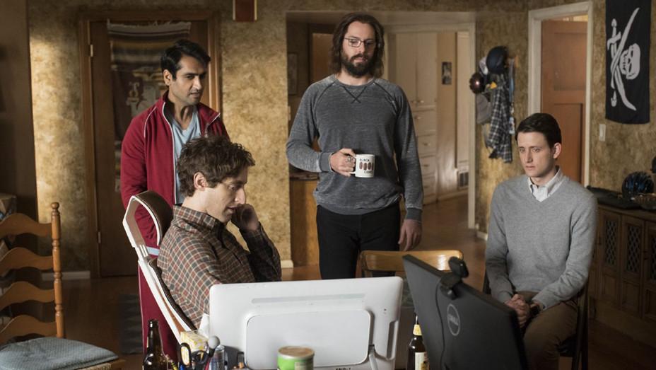 Silicon Valley Season 4 - Thomas Middleditch -Still 3- H 2017