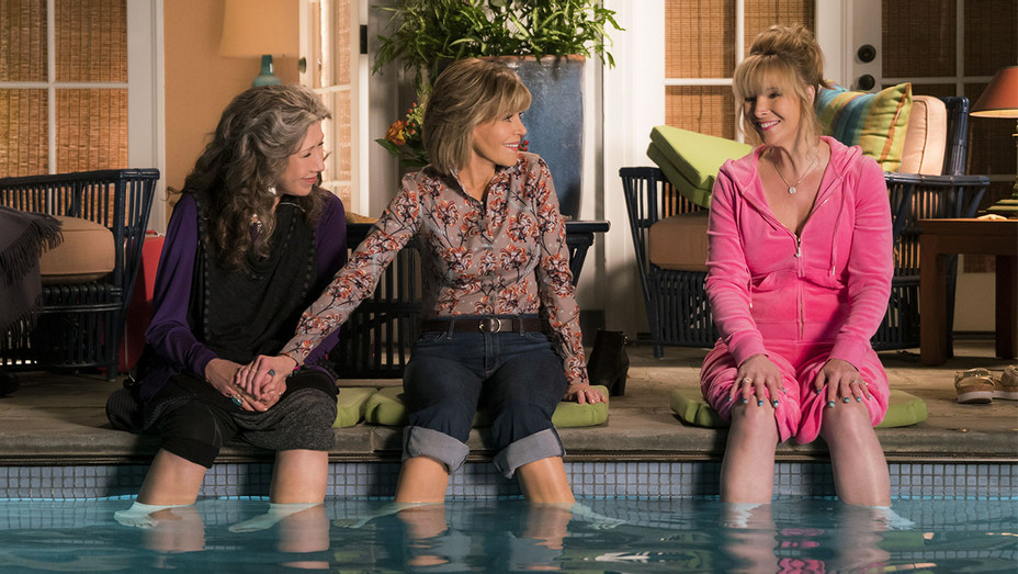 Grace and Frankie Still Lily Tomlin, Jane Fonda and Lisa Kudrow - Netflix - Publicity -  H 2017