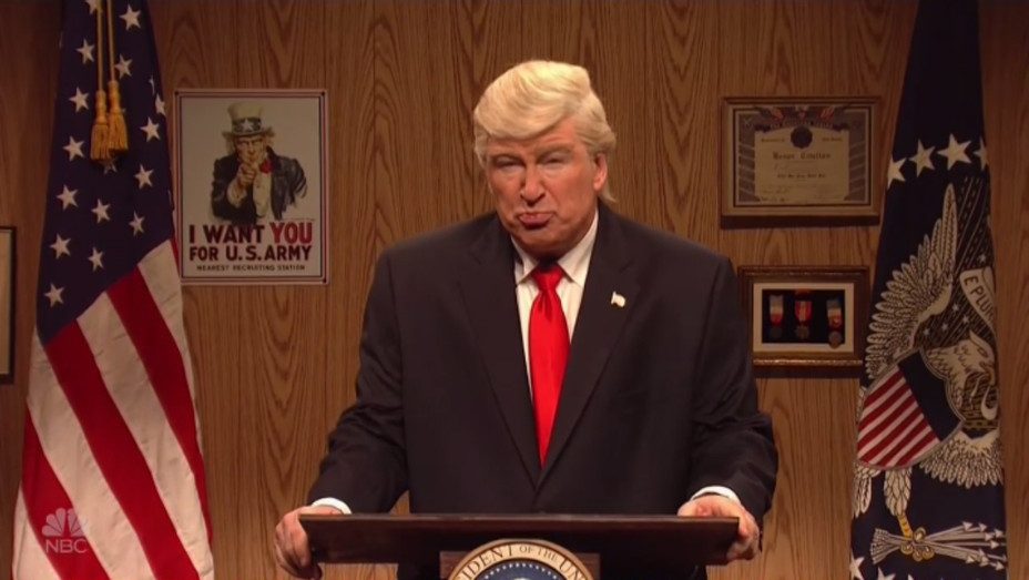 Alec Baldwin as Trump SNL - H 2017