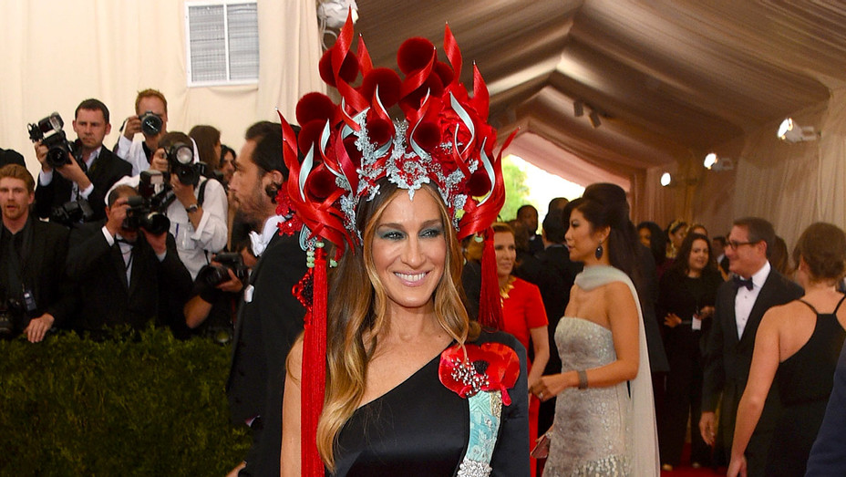Sarah Jessica Parker - China: Through The Looking Glass 2015 - Getty-H 2017