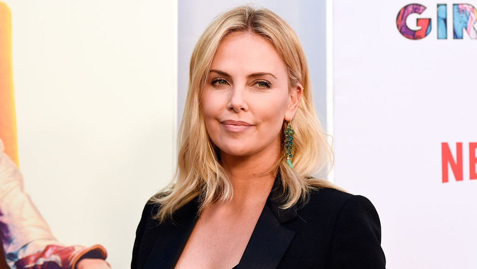 Charlize Theron - Girlboss Premiere - H 2017