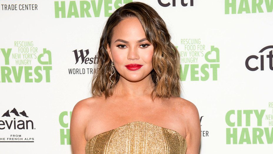 Chrissy Teigen attends the 23rd Annual City Harvest Gala-Getty-H 2017