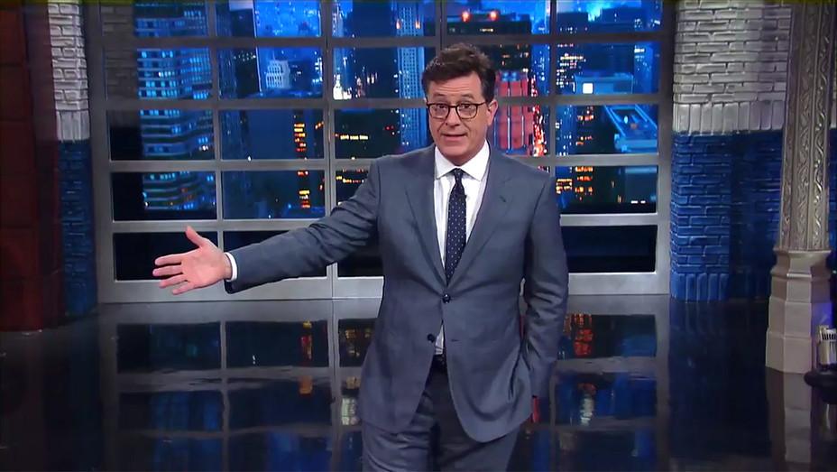 Late Show Colbert Teaser 100 days - Publicity - H 2017