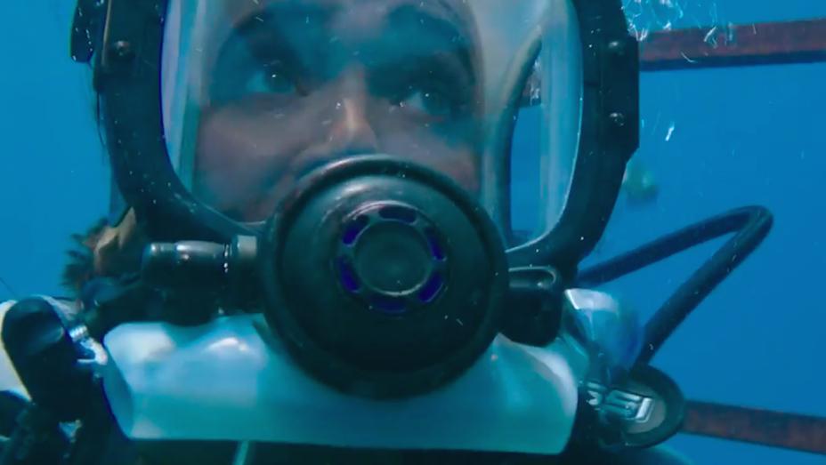 Mandy Moore - 47 Meters Down Trailer Still - H 2017