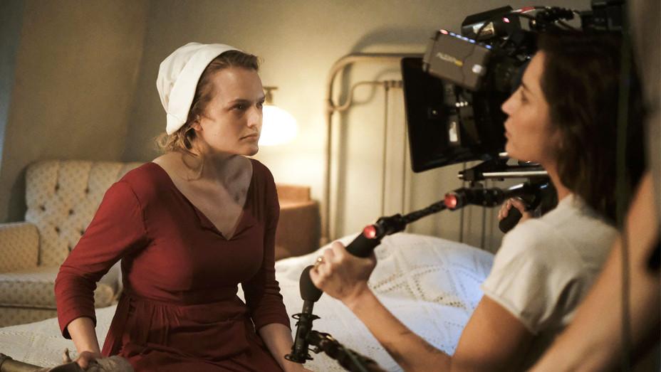 The Handmaids Tale Still Elisabeth Moss - Publicity - H 2017