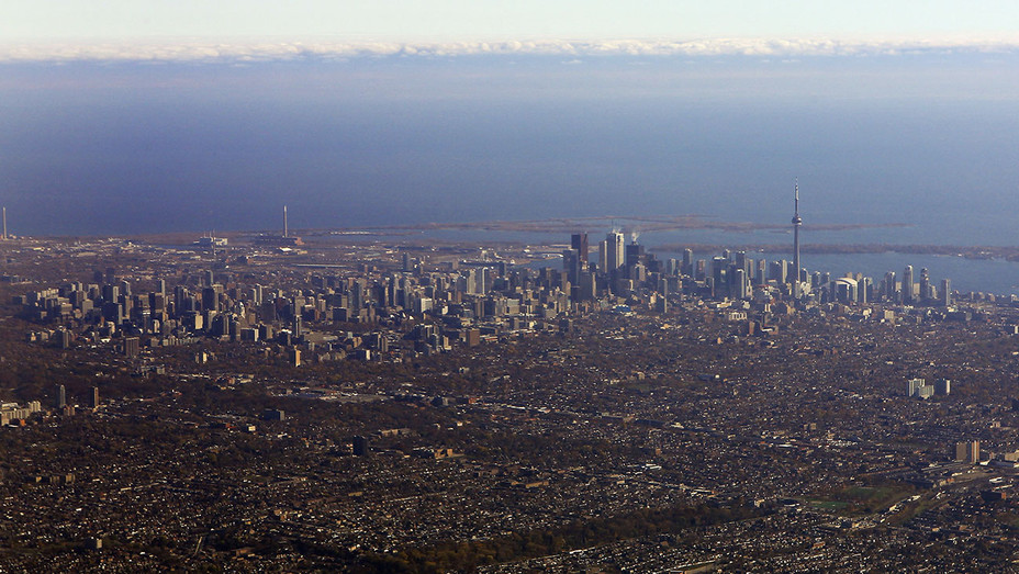 Toronto Skyline - Getty - H 2017