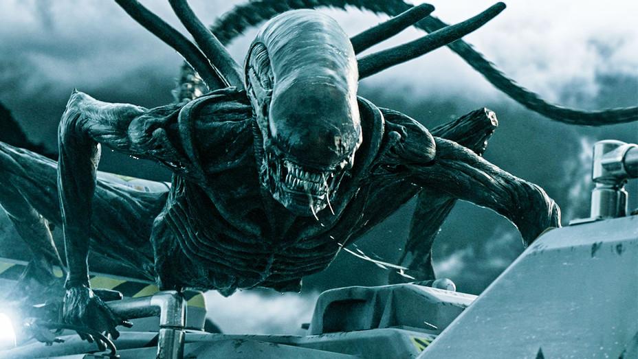 Alien: Convenant Still - Publicity - H 2017