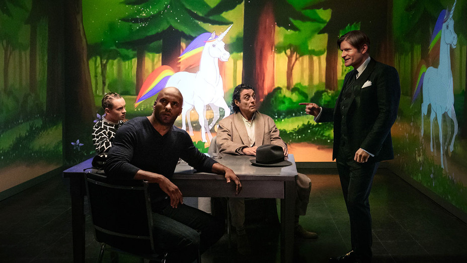 American Gods - Season 1 -Ian McShane-Crispin Glover-Ricky Whittle-Bruce Langley)-Publicity-H 2017