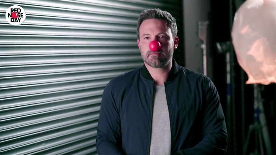 Ben Affleck Red Nose Day - H 2017