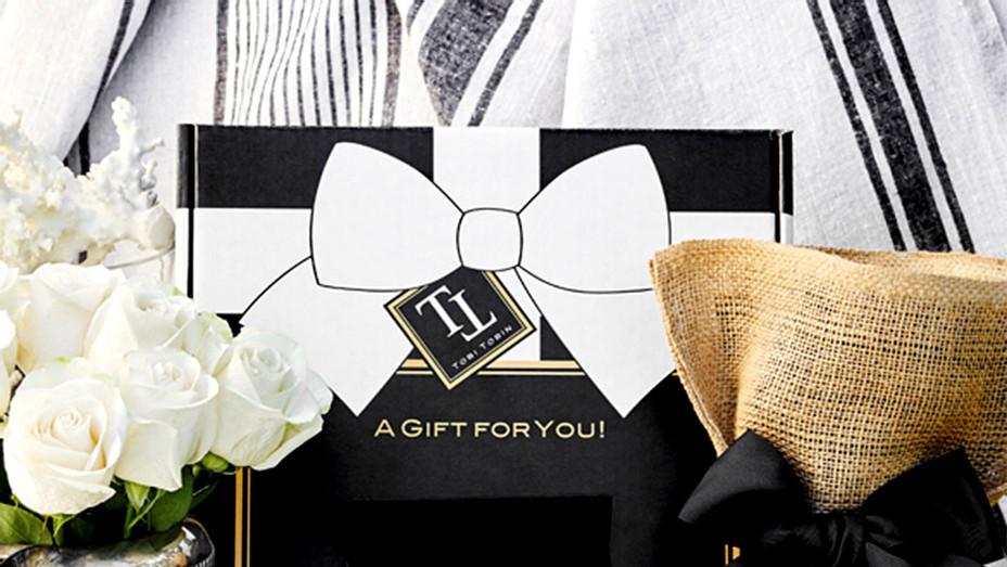 Tobi Tobin Fragrance Gift Set - Publicity - S 2017