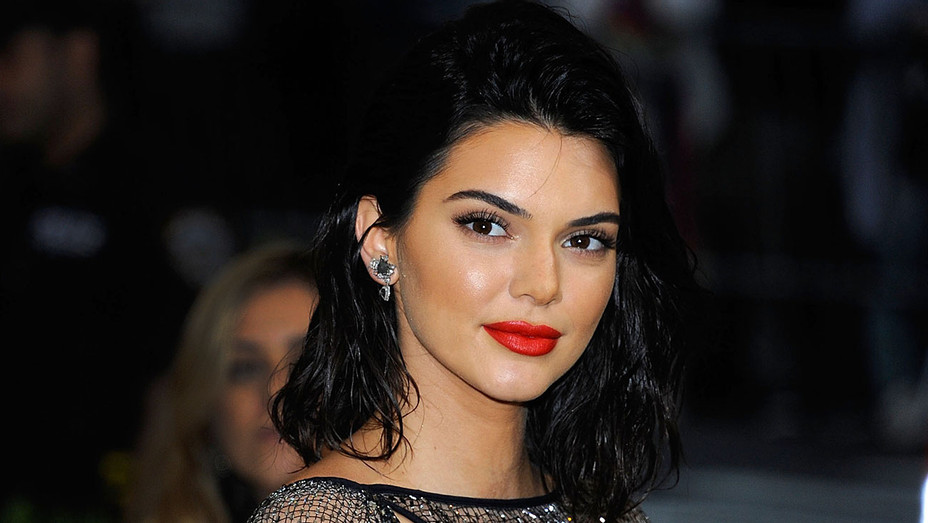 Kendall Jenner -MET Gala 2017 - H 2017